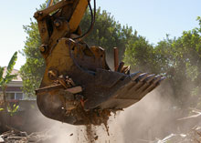 Demolition and Recycling Excavators